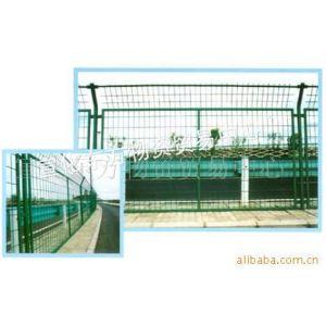 供应丝网护栏网 隔离栅 铁艺围栏 铁丝网