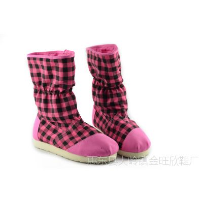 女靴子格子保暖中筒靴冬季新款防滑平底雪地靴多色