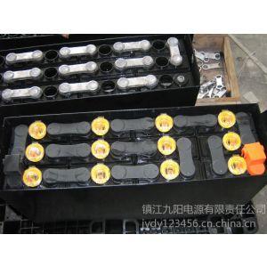 供应更换一组新的叉车电池需要多少钱?