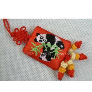 供应熊猫布艺挂件 绣花挂饰 中国结挂件