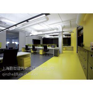 供应徐汇老办公室翻新设计天花板玻璃隔墙木地板装修