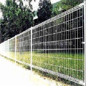 供应2013年合肥【益民】提供的护栏网***【给力】 合肥护栏网供应