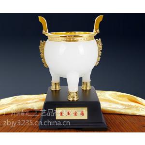 供应电信公司年会纪念品,房地产马年礼品,客户答谢会礼品,广州水晶礼品定做