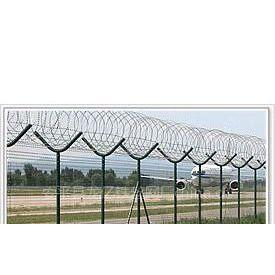 供应长期供应隔离栅、栏、网、铁丝网围栏 围墙护栏网 、围墙铁丝网、产品齐全~~~