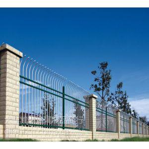供应凯瑞护栏供应大连精品小区护栏,庄河锌钢围墙栅栏