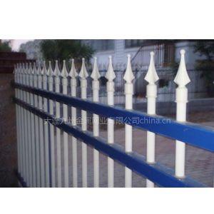 供应热镀锌静电喷涂钢管组装栅栏 锌钢护栏