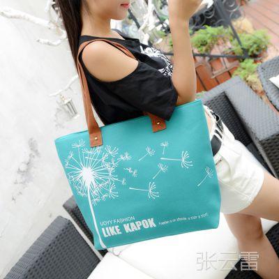 外贸大货供应新款欧美休闲帆布女包时尚印花蒲公英斜跨手提女包包