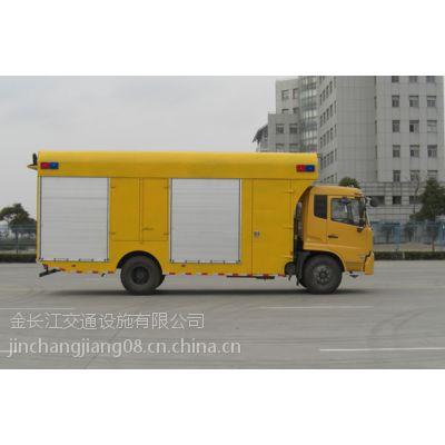 路鑫牌NJJ5110TDY应急电源泵车照明可以满足夜间操作的需要和安全性。