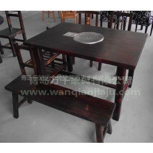 供应青岛厂家批发酒店碳化木桌椅防腐木桌椅酒店餐椅
