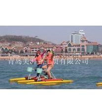 水上娱乐设备--双人水上自行车