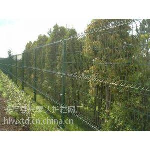 供应苏州市政园林美观涂塑围栏网哪里有生产? 涂塑围栏网多少钱一米