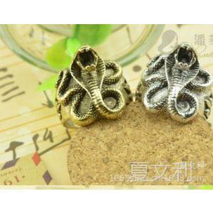 供应欧美朋克复古合金眼镜蛇戒指 指环蛇形幸运符 眼镜蛇戒指 戒环
