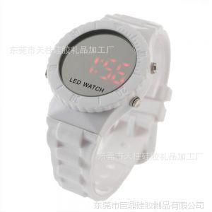 供应饰品外贸 led手表工厂 送男人什么礼物