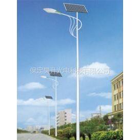 供应河南太阳能路灯厂家供应21w路灯灯高6米便宜