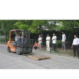 供应上海松江区叉车培训铲车、挖掘机、行车培训机构
