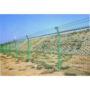 供应围墙护栏网,围墙网,围栏网多少钱一米