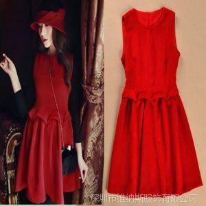 供应微信代理 菁菁同款红色毛呢料腰间百褶花瓣修身连衣裙 V6167