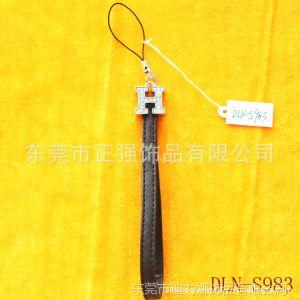 厂家供应定做PU皮手机挂件,真皮手机绳,皮革手机吊饰