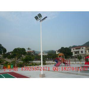 供应容县室外篮球场灯杆批发,8米球场灯杆安装图,球场灯杆厂家一年质保