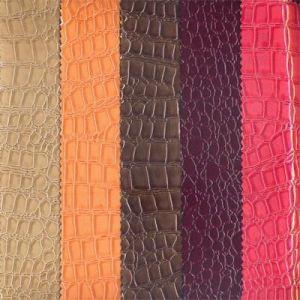 供应江苏 PVC/ PU/半PU人造皮革--鳄鱼纹 幅宽137cm
