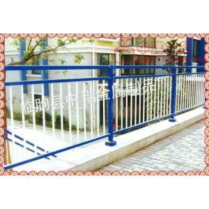 供应热镀锌小区阳台护栏、静电喷塑阳台护栏