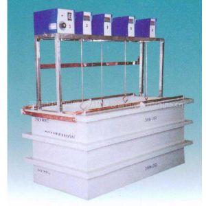 供应专业生产挂镀槽,深圳电镀设备,电镀槽,电解槽