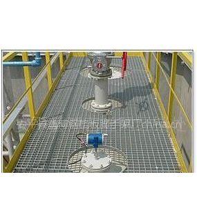 供应安平县鑫博钢格网厂:镀锌钢格栅板供货商