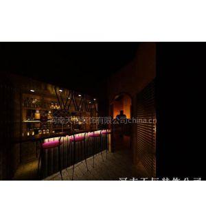 供应郑州酒吧环境设计很重要 轻松自在酒吧环境 郑州时尚休闲的酒吧装饰公司