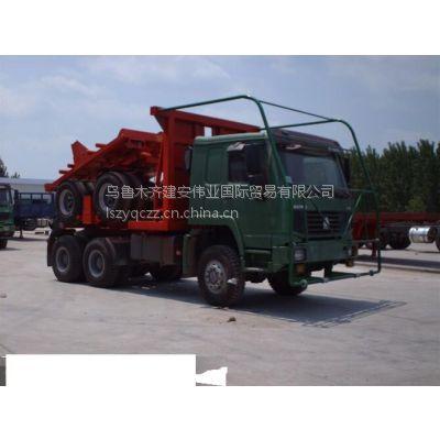 新疆乌鲁木齐供应抽拉式可伸缩原木桥梁木材运输车