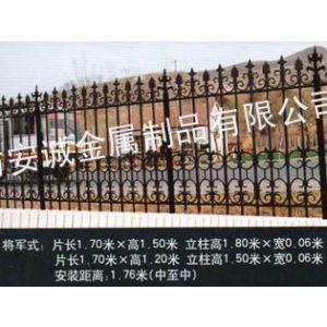 供应质优临夏铸铁护栏,直销甘南铸铁栅栏型号,定做甘肃铸铁栏杆样式