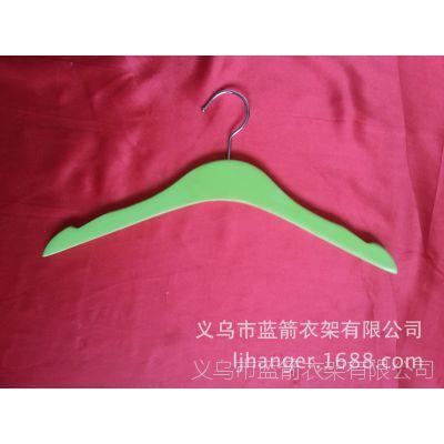 专业服装店儿童彩色木衣架 品牌服装配套衣架
