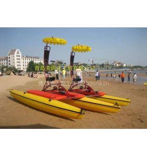 躺骑式水上自行车--水上乐园游乐设备游艺设施