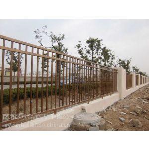 供应泰州热镀锌花园栏杆 泰州经济型围墙护栏 泰州高强度别墅栅栏