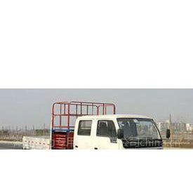 供应小霸王带升降平台高空作业车   13908667996