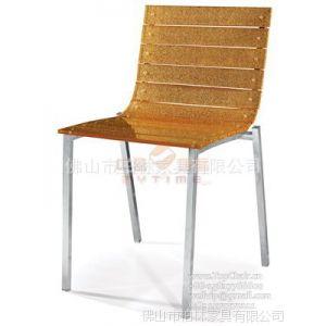供应2013年新款亚克力餐椅 排骨型压克力透明餐椅