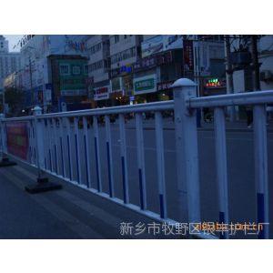 供应公路隔离栅 伸缩花园栅栏 热镀锌组装式围栏防护栏 量大价优