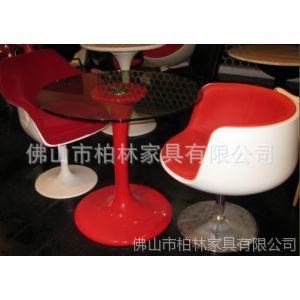 供应玻璃餐桌  时尚玻璃桌 高档玻璃桌子