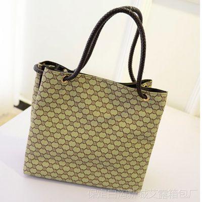 大货供应2014新款韩版印花字母方块帆布女包时尚休闲大容量手提包