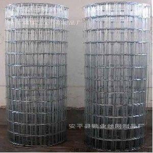 供应安平鹏供应优质 热镀锌电焊网 电镀锌焊网 涂塑 浸塑电焊网片