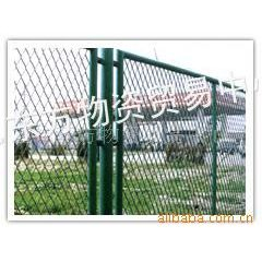 供应护栏网,铁丝网,铁艺护栏,围栏网 勾花护栏