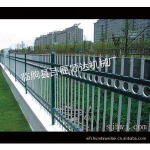 供应静电涂装型热镀锌护栏
