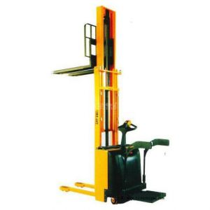 供应电动堆高车 堆垛机 ***优产品 进口手柄