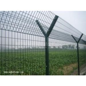 供应贵港护栏网多少钱一米?玉林护栏网生产,厂家直销Y型护栏网