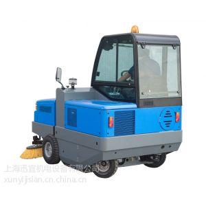 供应PB200 D带驾驶室超大型驾驶式扫地机/车