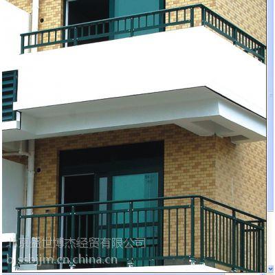 Q195辽宁省阜新市锌钢阳台护栏、玻璃阳台栏杆、热镀锌阳台栏杆、锌钢护栏