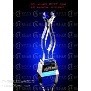 供应石油公司年终活动庆典活动奖杯、中国石油化工集团年终奖杯定做、周年活动纪念品定做