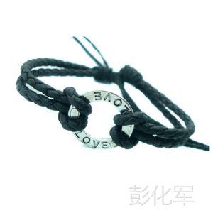 供应复古时尚两个LOVE字母合子男士情侣情人节礼物真皮皮革PU手链