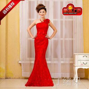 供应婚纱礼服明星款 2013新款鱼尾服新娘礼服演出服大红色长款礼服113