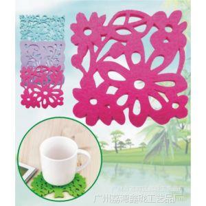 供应精美餐桌杯垫 无纺布杯垫 毛毡杯垫 优质杯垫 吸水杯垫 定做