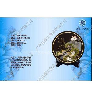 供应2012新潮流金乌碳雕工艺品、健康环保的礼品、具有吸空气毒气功效